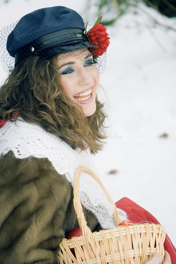 Menina na roupa russian do traditonal para o maslenitsa foto de stock royalty free