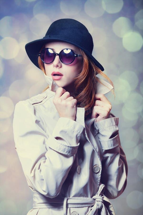 Menina no casaco fotografia de stock
