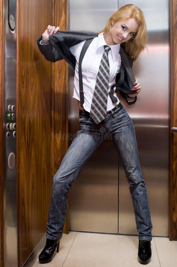 Menina no elevador imagem de stock royalty free