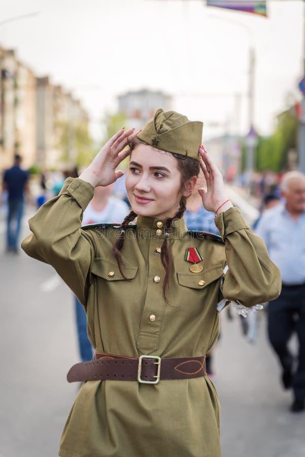 A menina no médico não-informado, a grande guerra patriótica fotos de stock