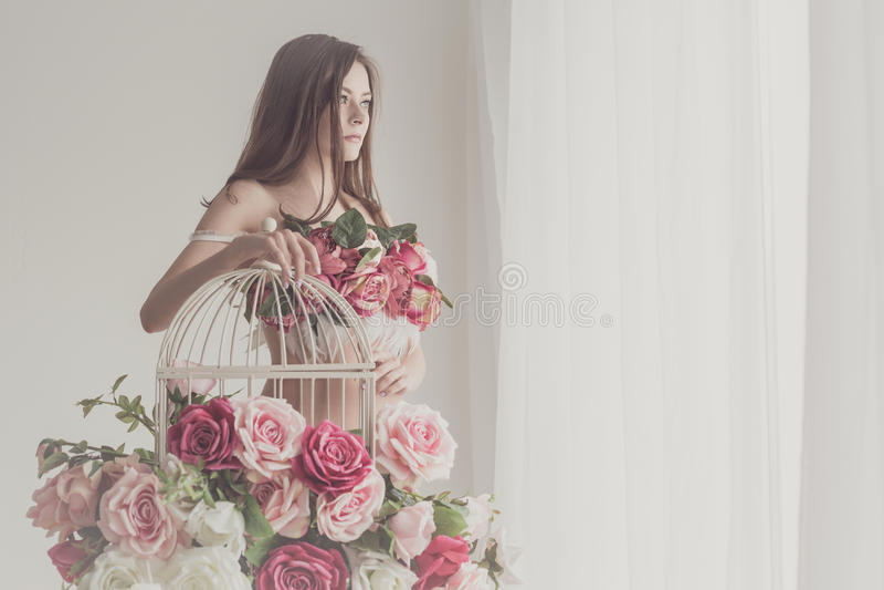 Menina no roupa interior fotografia de stock