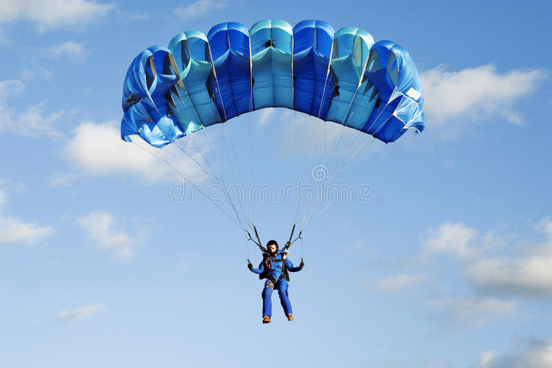 Menina-parachutist do planeamento fotografia de stock