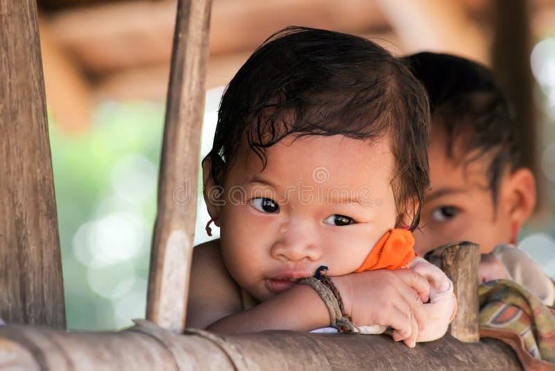 Menina pequena do tribo de Karen imagens de stock