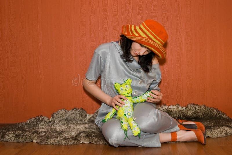 Menina Pin-acima com plaything imagem de stock
