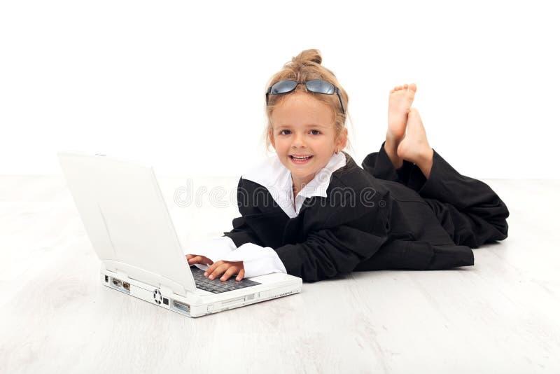 Menina que joga a mulher de negócio foto de stock royalty free