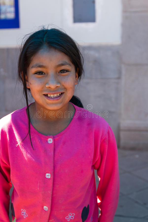 Menina quechua nova imagens de stock
