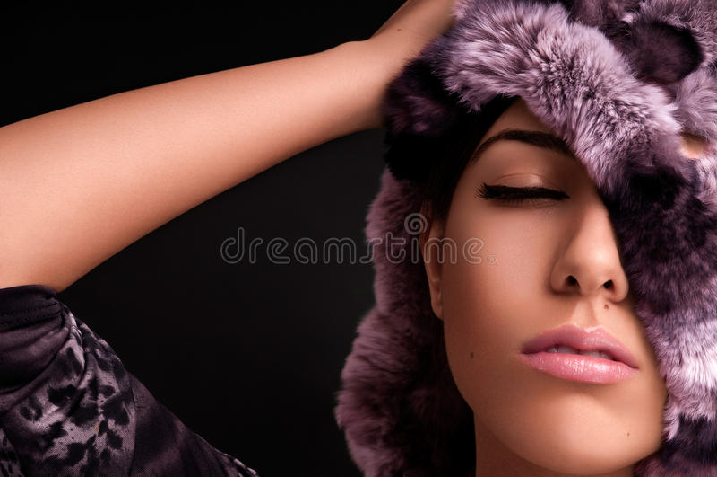 Menina sensual com pele cor-de-rosa imagem de stock royalty free