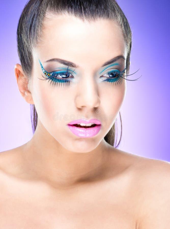 Menina 'sexy' da beleza com composição da fantasia fotos de stock