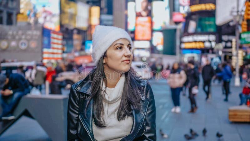 Menina turca nova em uma viagem das férias a New York fotos de stock royalty free