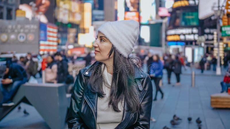 Menina turca nova em uma viagem das férias a New York fotografia de stock royalty free