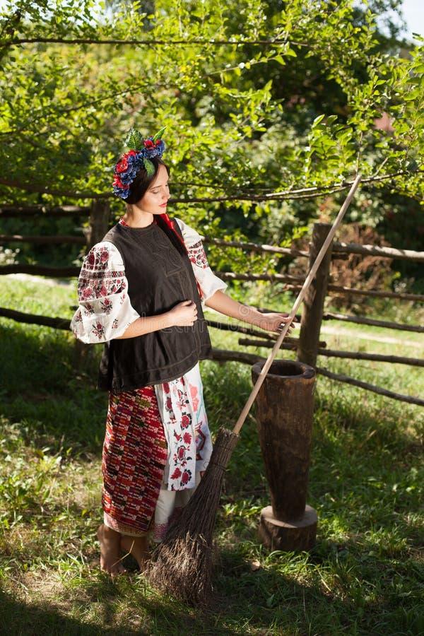 Menina ucraniana bonita foto de stock