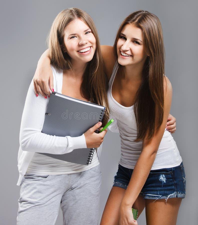 Menina vestida ocasional dos estudantes da High School imagens de stock