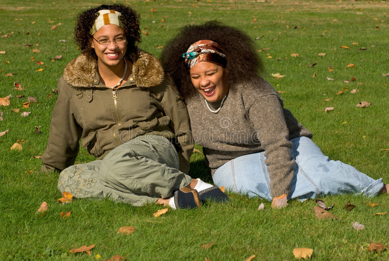 Meninas adolescentes do americano africano fotografia de stock
