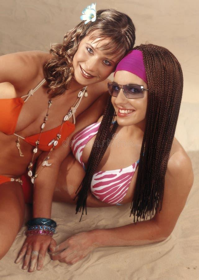Meninas adolescentes nos swimsuits imagens de stock royalty free