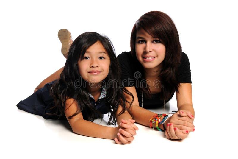 Meninas asiáticas e latino-americanos fotos de stock royalty free