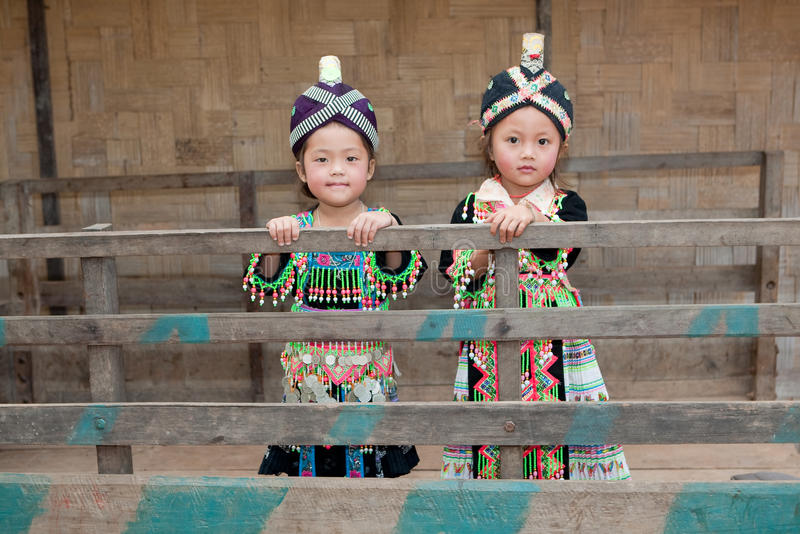 Meninas de Ásia Hmong fotos de stock royalty free
