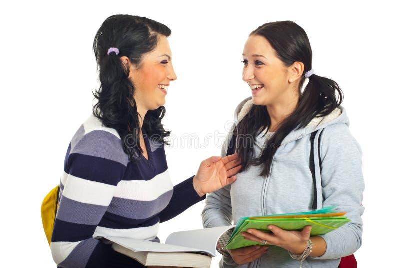 Meninas de riso dos estudantes imagens de stock royalty free