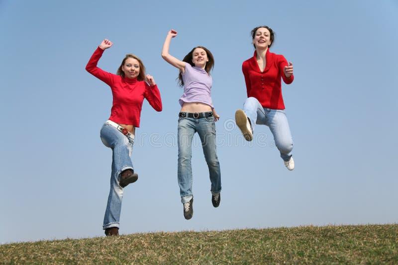 Meninas de salto imagem de stock royalty free