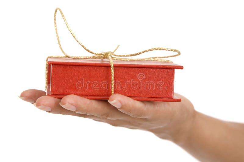 Meninas disponivéis vermelhas da caixa de presente imagens de stock