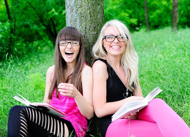Meninas do estudante fotografia de stock royalty free