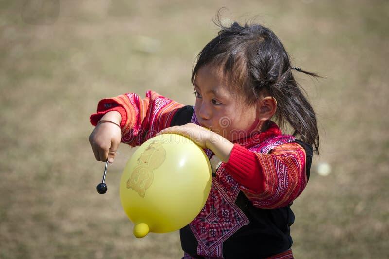 Meninas do grupo étnico Hmong de Vietname imagem de stock royalty free