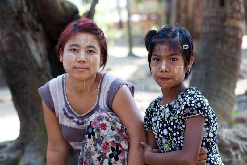 Meninas do tribo de Chin, Myanmar fotografia de stock