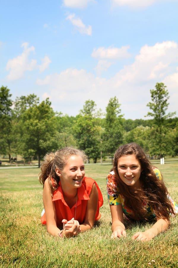 Meninas dos adolescentes imagens de stock royalty free