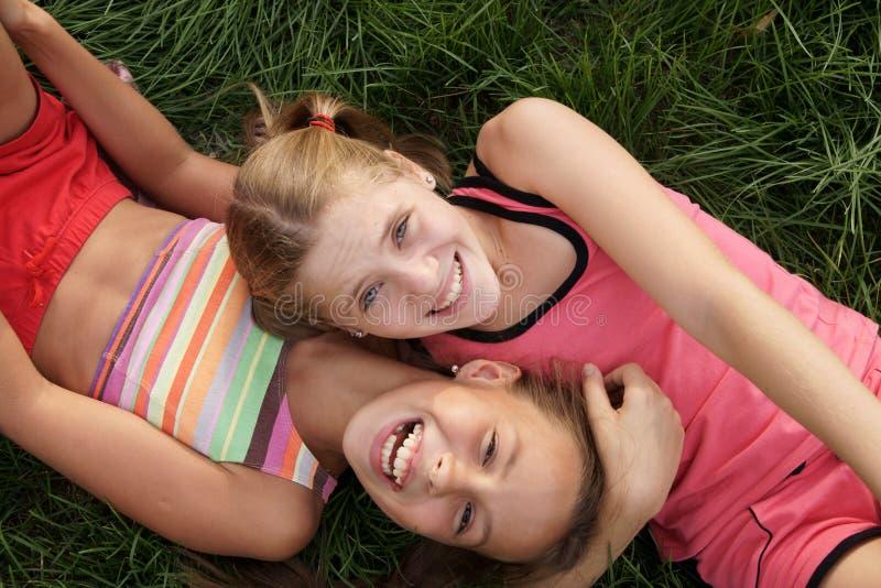 Meninas felizes do preteen imagens de stock royalty free