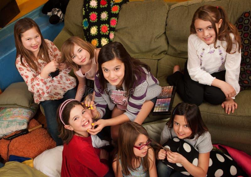 Meninas que Preening foto de stock
