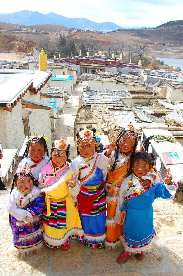 Meninas tibetanas chinesas foto de stock royalty free
