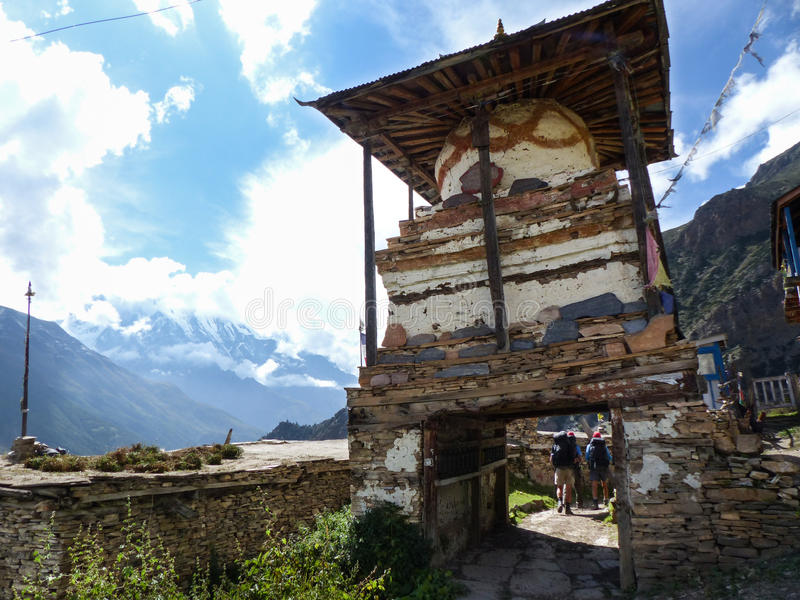 Mening aan Annapurna III in Ghyaru-dorp stock foto's