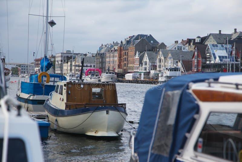 Mening aan de dijk van Haugesund royalty-vrije stock fotografie