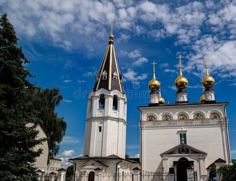 Mening aan de Kerk van het Pictogram van de Vergine Santa Mary in Theodore Monastery, Gorodets, Rusland stock foto's