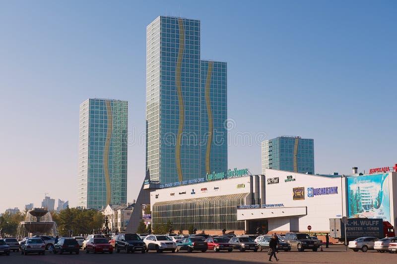 Mening aan de moderne gebouwen van Grote woon complex van Alatau in Astana, Kazachstan royalty-vrije stock foto's