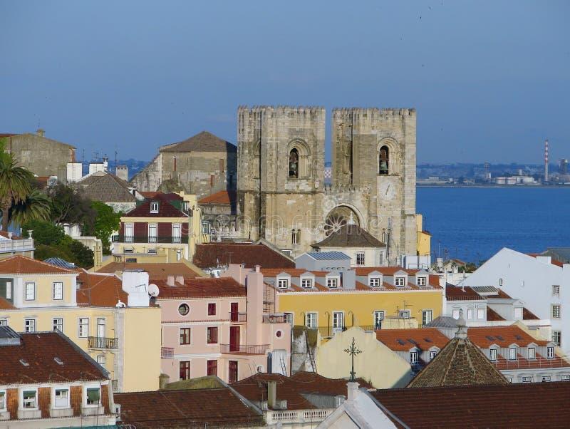 Mening aan het kasteel van Lissabon stock afbeeldingen