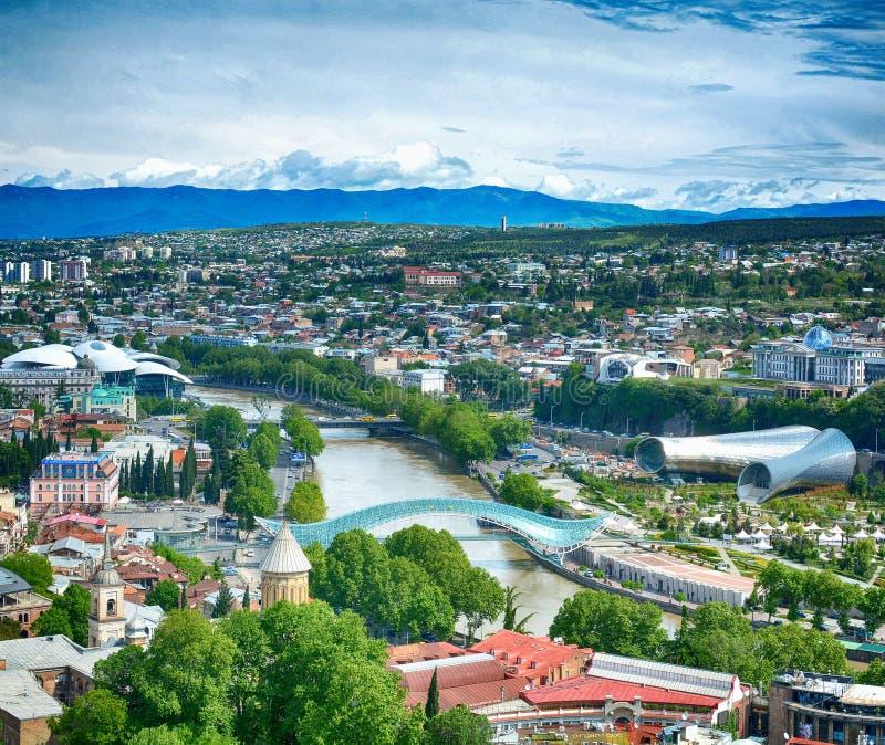 Mening bij de oude stad van Tbilisi, hoofdstad van Georgië royalty-vrije stock foto's