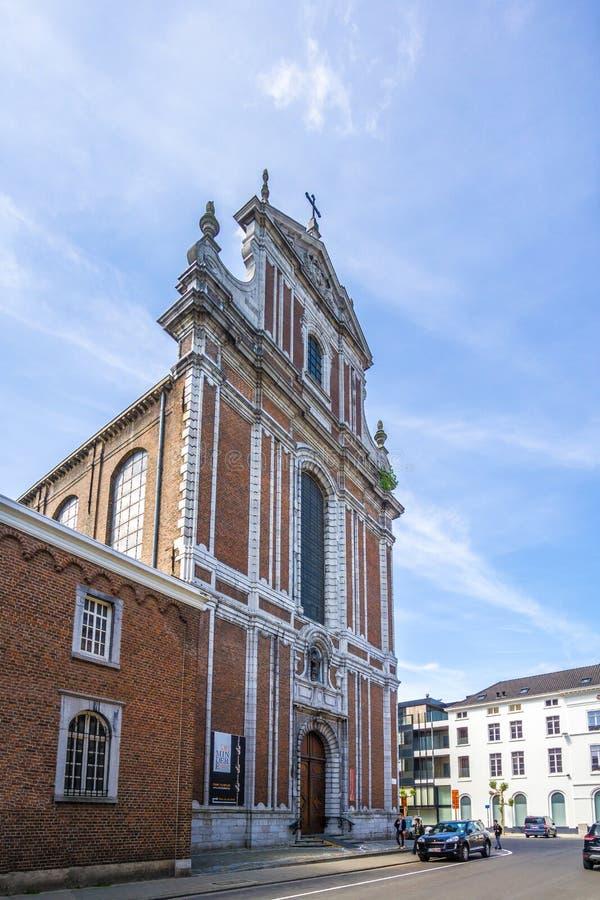 Mening bij het Kloostergebouw in Sint Truiden - België stock foto's
