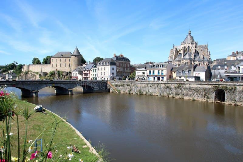 Mening langs de rivier in Mayenne royalty-vrije stock foto