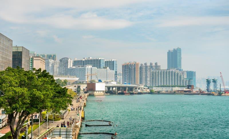 Mening langs Tsim Sha Tsui Promenade in Hong Kong stock foto