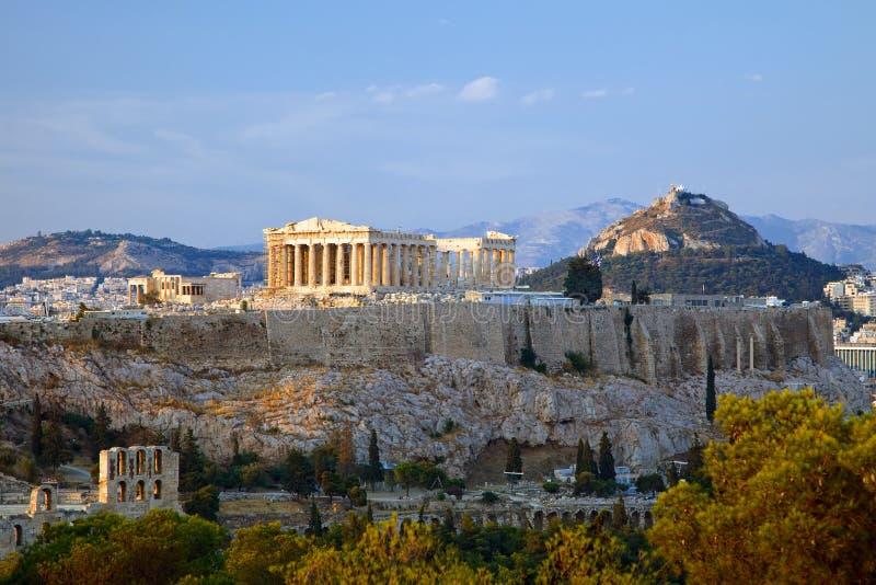 Mening over Akropolis bij zonsondergang, Athene stock afbeelding