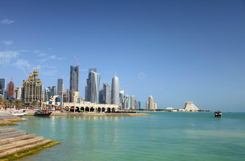 Mening over Baai Doha in Qatar, Arabië royalty-vrije stock afbeeldingen