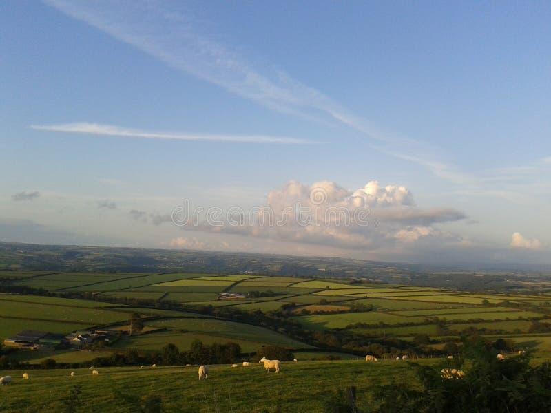 Mening over Carmarthenshire-platteland, West-Wales royalty-vrije stock afbeeldingen