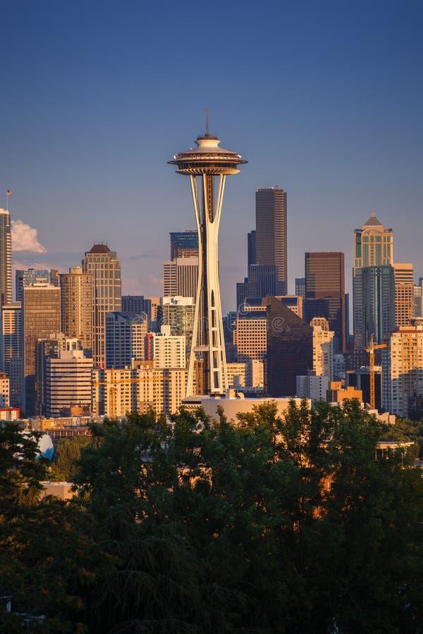 Mening over cityscape van Seattle met Ruimtenaald voor skyscrap royalty-vrije stock afbeelding