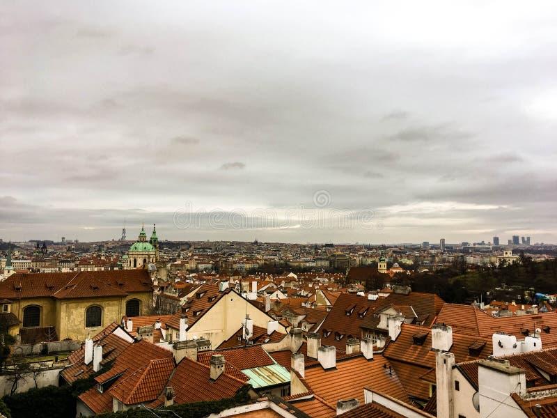 Mening over daken in Praag royalty-vrije stock foto's