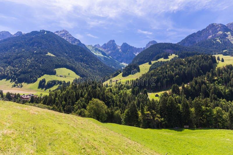 Mening over de Alpen, Zwitserland royalty-vrije stock foto