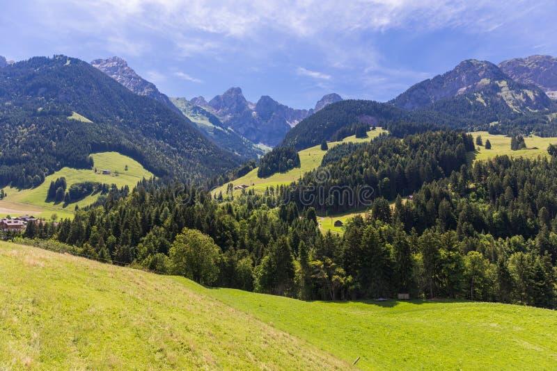 Mening over de Alpen, Zwitserland stock foto
