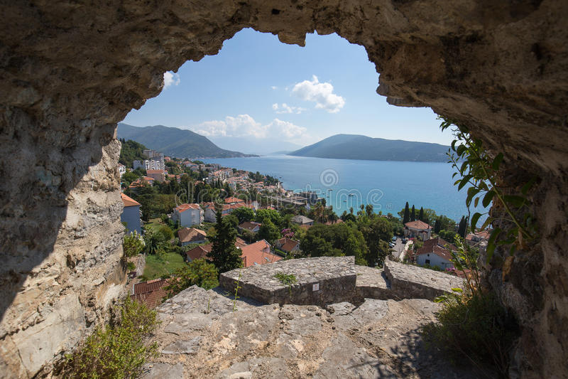 Mening over de oude stad van Herceg Novi in Montenegro royalty-vrije stock fotografie