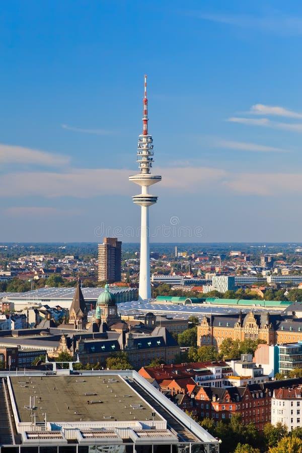 Mening over Hamburg, het Uitzenden Toren stock foto's