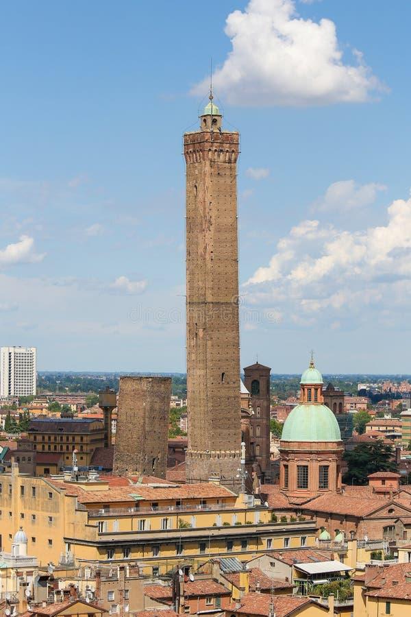 Mening over het historische centrum van Bologna, Italië stock afbeelding