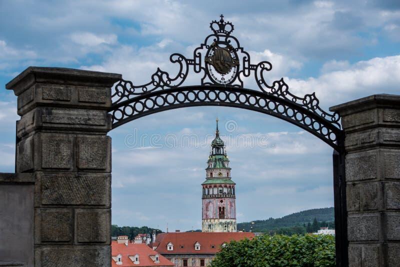 Mening over historisch centrum van Cesky Krumlov europa stock afbeeldingen